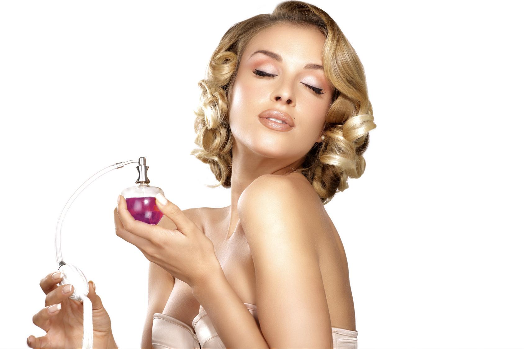 Psychologia zapachu: uwodzicielskie perfumy